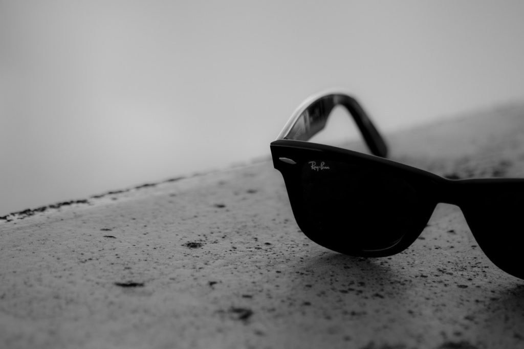 black-and-white-sunglasses-dark-summer